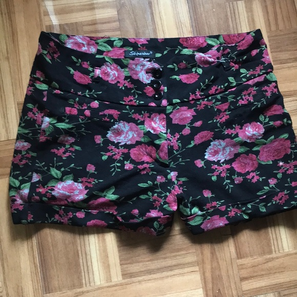 Pants - Pink Floral Shorts